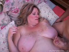 beautiful-mature-bbw-deedra-enjoys-cum-all-over-her-big-tits
