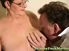 doc-examines-horny-granny