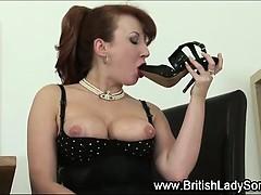 shoe-masturbating-british-milf