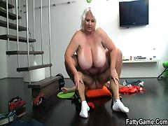 horny-photographer-loves-her-fat-cunt