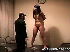 guy-trains-his-sexy-curvy-slavegirl
