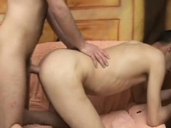 bareback-anal-fucking-with-cumswapping