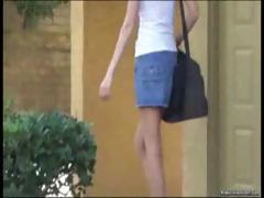 amateur-girls-get-pantsed-in-public