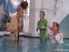 wam-bitches-gets-wet-in-the-pool
