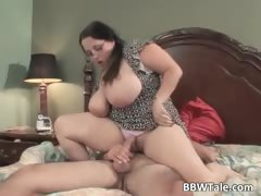 hot-and-chubby-wife-enjoys-in-wet-oral-part1
